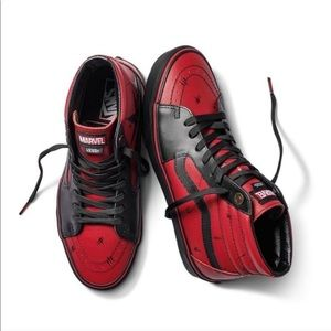 Vans X Marvel Deadpool Sk8-Hi Black Red